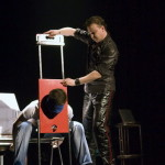 andrei-teasca-booking-impresariat-rezervare-artisti-magicieni-iluzionisti-circ-evenimente-spectacole-reprezentatii-recital-programe-prestatii